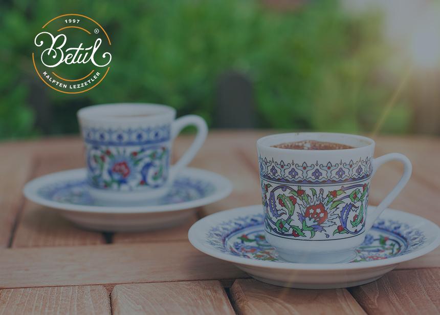 Mersin Betül Cafe'de Türk Kahvesi Bizden